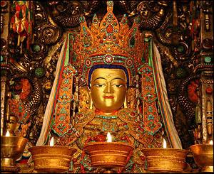 yowo-estatua-lhasa